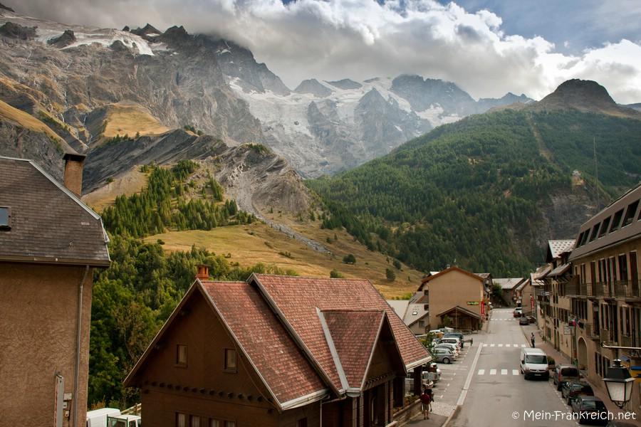 Das Dorf La Grave in den französichen Alpen
