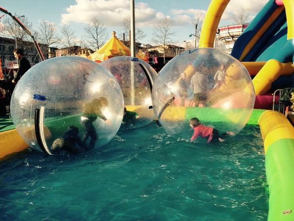 Spaß für Kinder beim Karneval von Albi