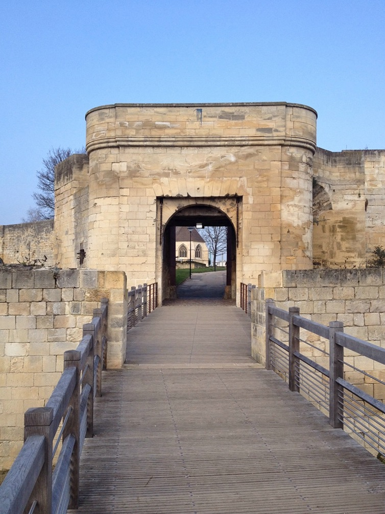 Caen, Tor zum Château