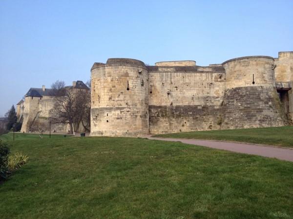 Befestigungsanlagen des Château von Caen