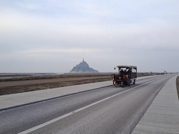 Anfahrt zum Mont Saint Michel