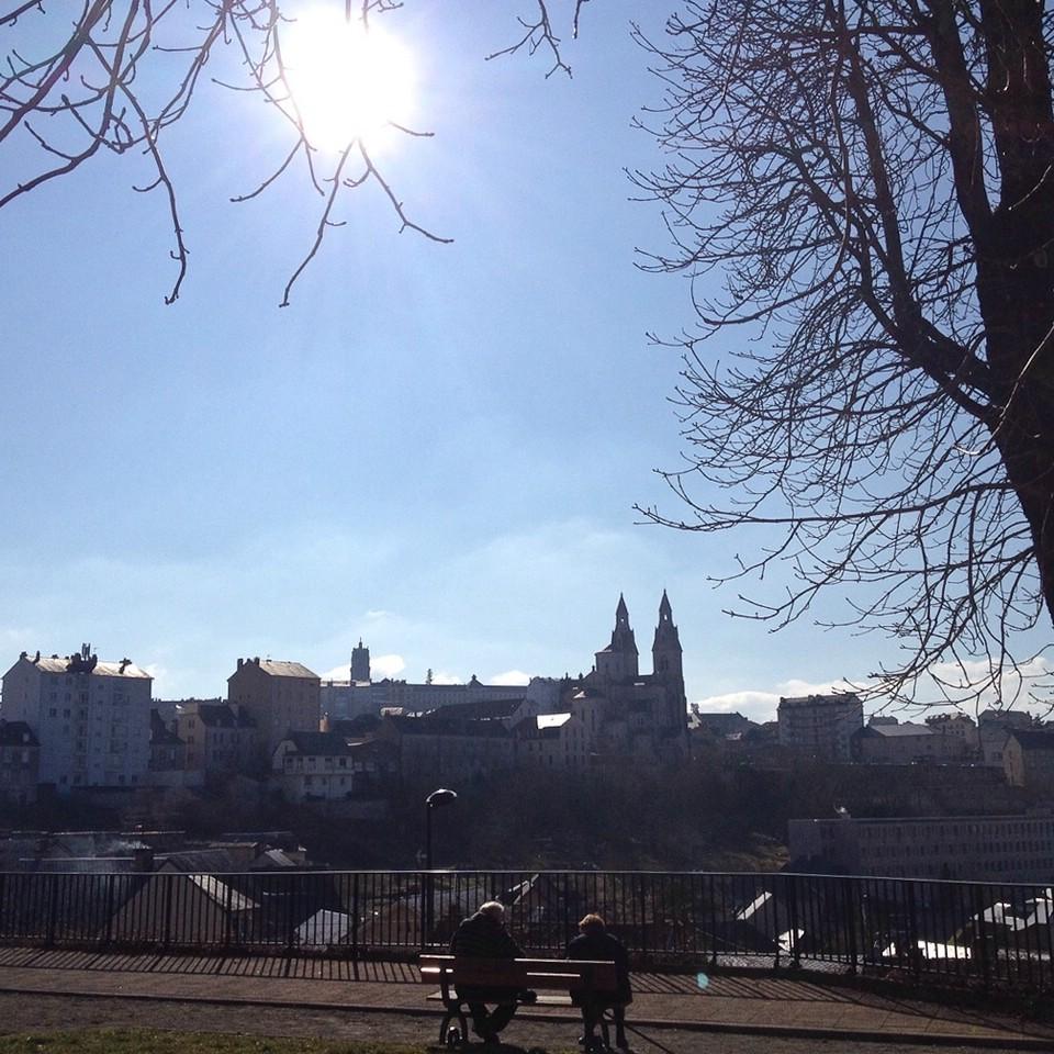 Blick über die kleine Stadt Rodez