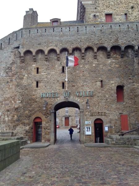 Das Rathaus von Saint-Malo