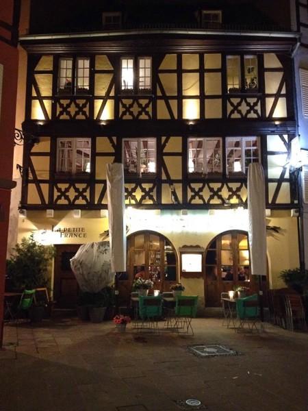 Straßburg am Abend, Restaurant La Petite France