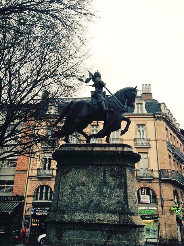 Statue zu Ehren von Jeanne d'Arc in Toulouse