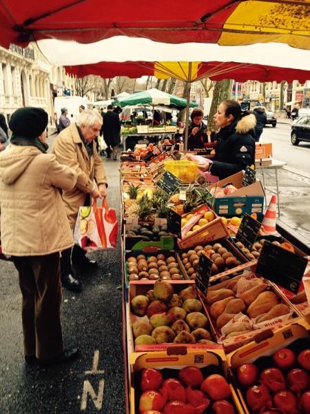 Marktstand, Wochenmarkt Toulouse