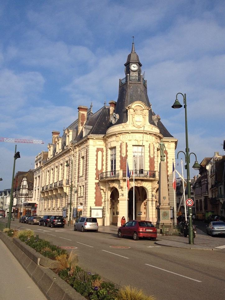 Rathaus von Trouville-sur-Mer